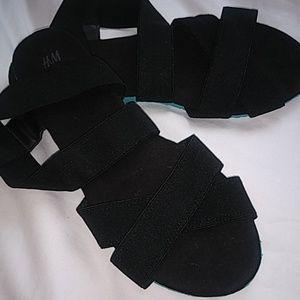 H&M strappy sandal size 8